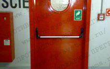 Противопожарная дверь красная