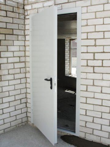 Монтаж конструкций возможен в помещениях, где стены выполнены из легких строительных материалов