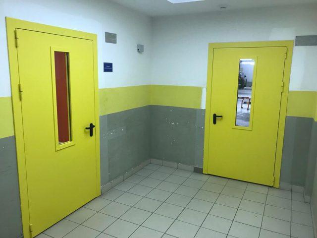 огнеупорные двери в офисном центре